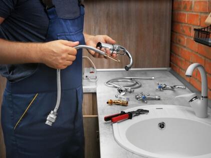 Установка раковины и подключение к водопроводу