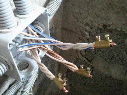 Разводка проводки по квартире